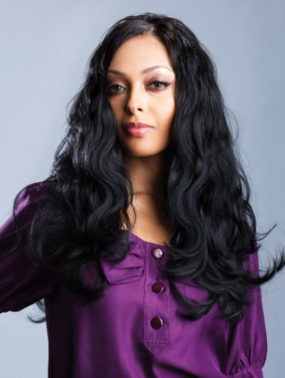 Full Lace Long Remy Human Hair Wavy Black Wig Without Bangs