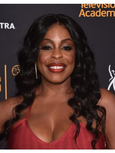 Niecy Nash Long Hairstyles Wavy Wig