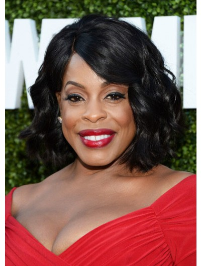Niecy Nash Medium Hairstyles Wavy Out Bob Wig