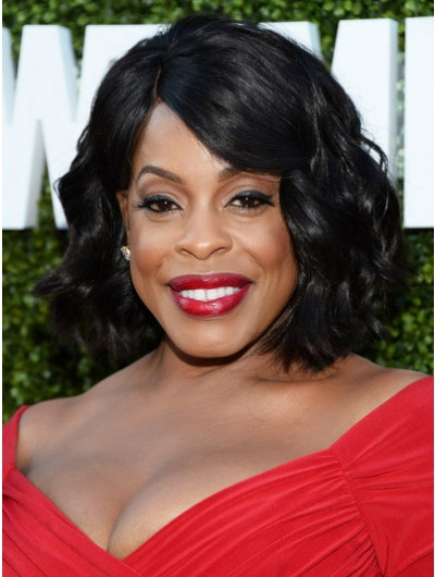 Niecy Nash Curled Out Bob Wig