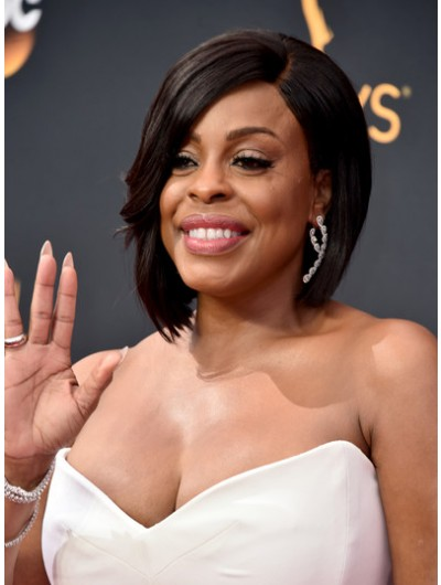 Niecy Nash Graduated Lace Front Bob Wig