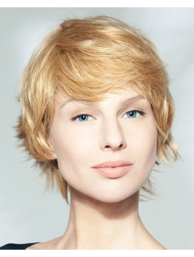 Soft And Wispy Short Cut Wavy Capless Wig