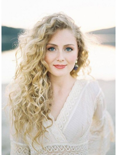 Full Lace Long Synthetic Hair Curly Blonde Wig Without Bangs